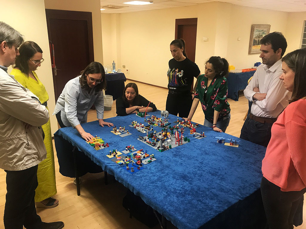 lego-serious-play-teamwork_2